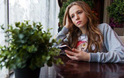 DIPENDENZA DA SMARTPHONE …MEDITIAMO, COME SARA' IL NOSTRO FUTURO?
